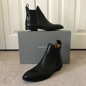 HP✨ Everlane • The Chelsea Boot, Black Leather, 7